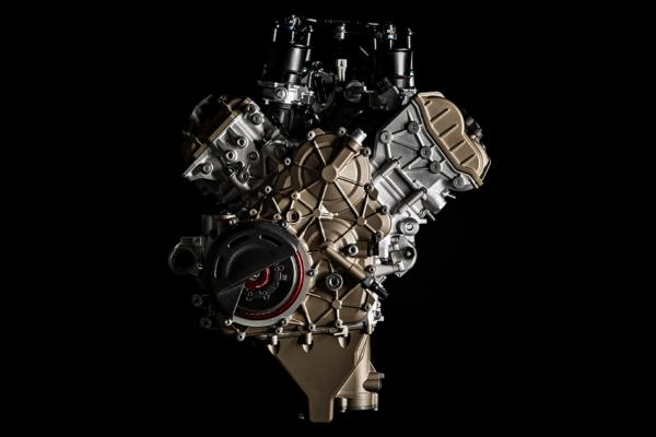 ドゥカティ史上最高のエンジンを楽しむ