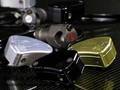 【商品のご案内++】 CNC ビレット フルードタンク for brembo ラジアルマスター